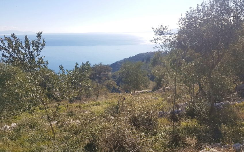 Big plot with breathtaking sea views
